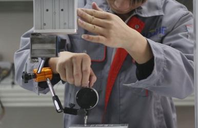自动焊锡机生产过程-精度测试