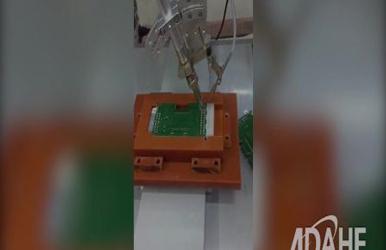 仪器仪表显示屏专用自动焊锡机视频