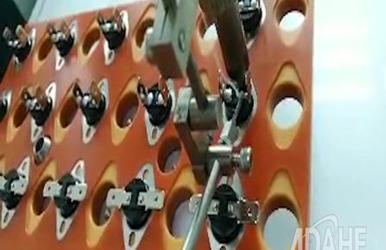 温控器专用自动焊锡机视频