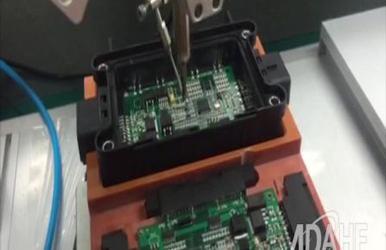 控制盒专用自动焊锡机视频